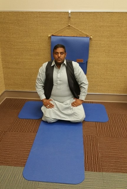 Future Guru Shahzeel Khokhar Trying Out The Health-T Fitness Mat