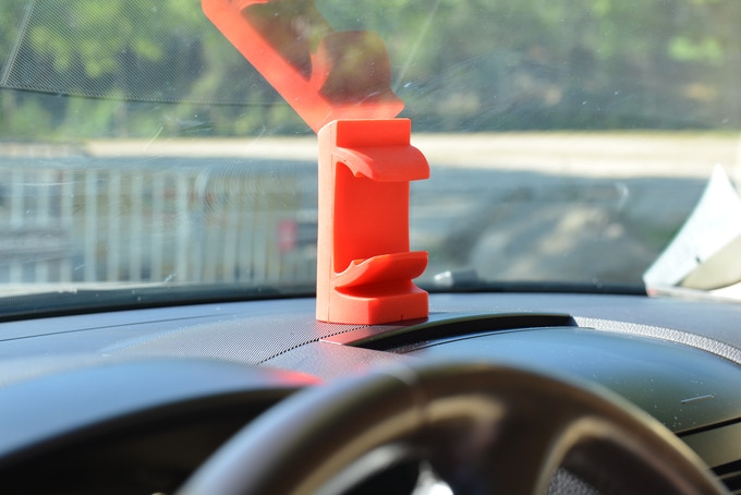 how to remove go via tag holder from windscreen