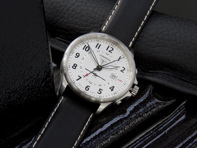 Eine außergewöhnliche Uhr für ein revolutionäres Flugzeug