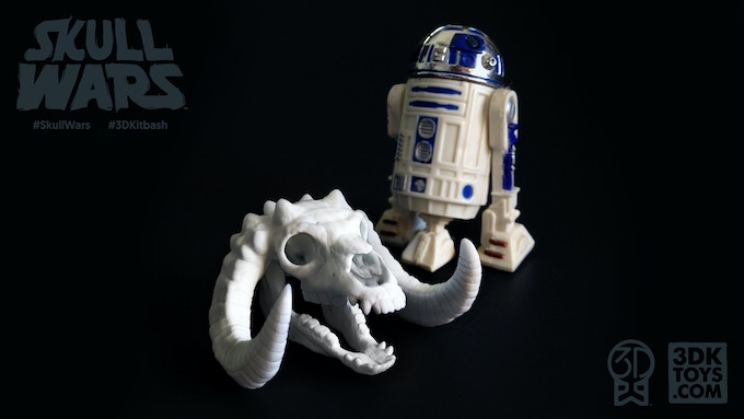 Pictured: Our first nylon Proto-Copy of 'Sleeping Bag' alongside a Kenner R2-D2
