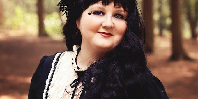 Gothic & Dark Fantasy Author Hazel Butler