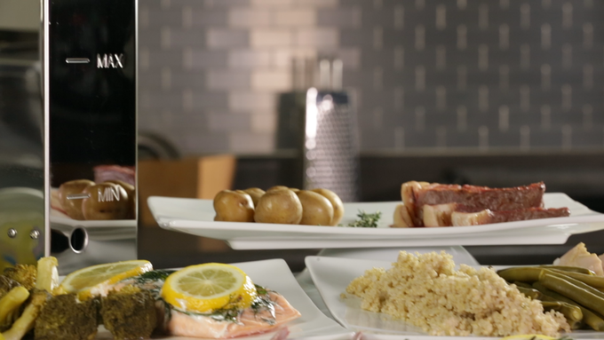 Cook entire meals with the Smart Kitchen SousVide Precision Cooker