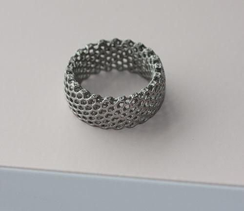& Point : 3D Printed Titanium Rings By Aaron & Declan