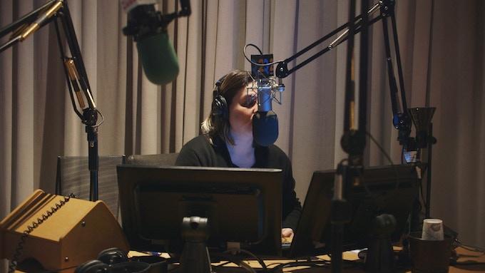 Nadia Sirota recording voiceovers for MTC