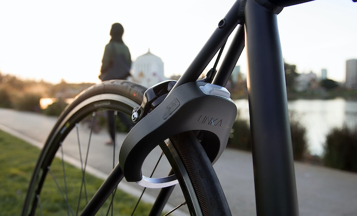 Linka World S First Auto Unlocking Smart Bike Lock By Velasso
