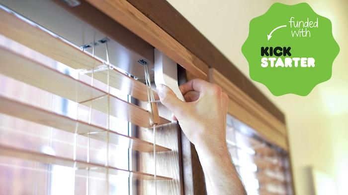 Solar Ed Energy Saving Device That Adjusts Window Blinds Based On Sunlight Temperature
