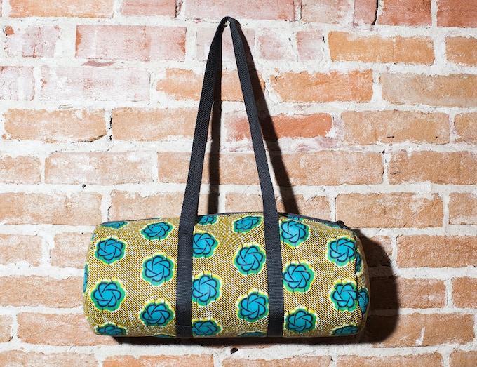 New reward: small duffel bag made by Rita Thara