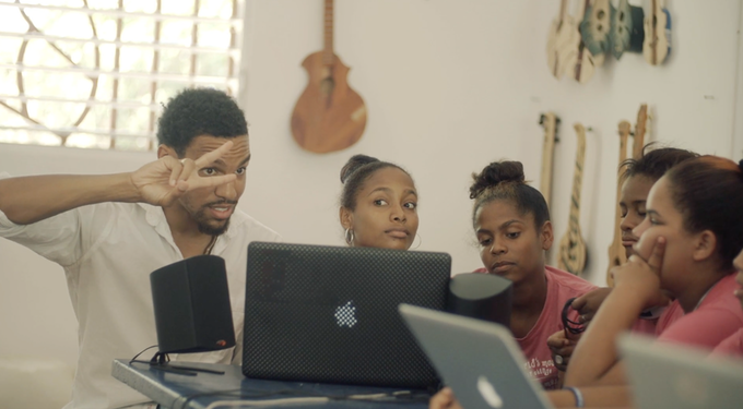 Beat Making workshop at the Mariposa Center for Girls in the Dominican Republic