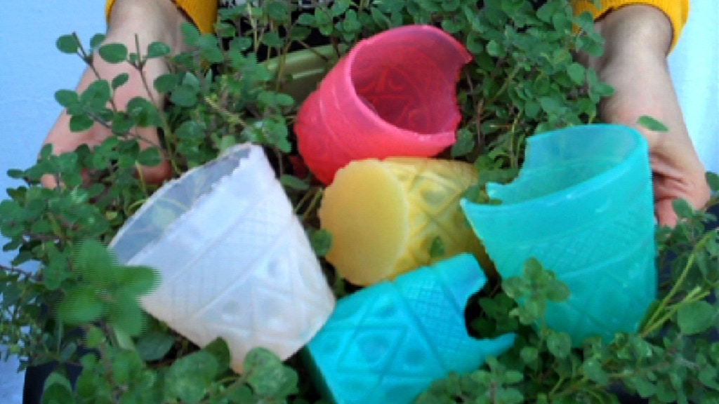 Edible, Biodegradable, and Vegan Cups project video thumbnail