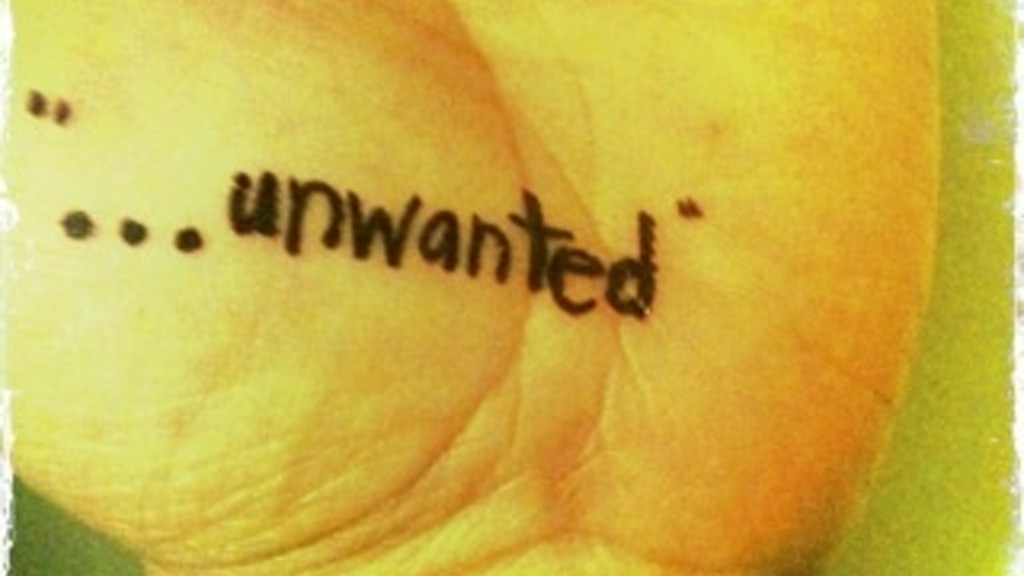 """""""...unwanted"""" a new dance piece by colectivodoszeta project video thumbnail"""