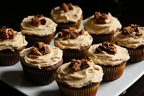 Sweet stout beer cupcakes heck yes by jackie mustard for Take craft beer back