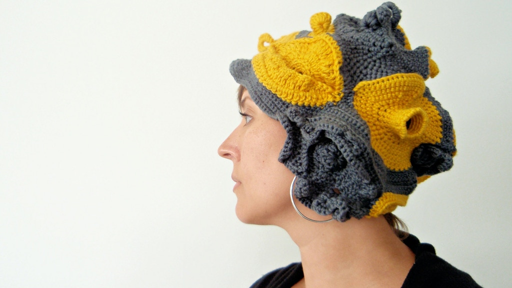 Classy Broad Freeform Crochet As Fashion And Art By Somer