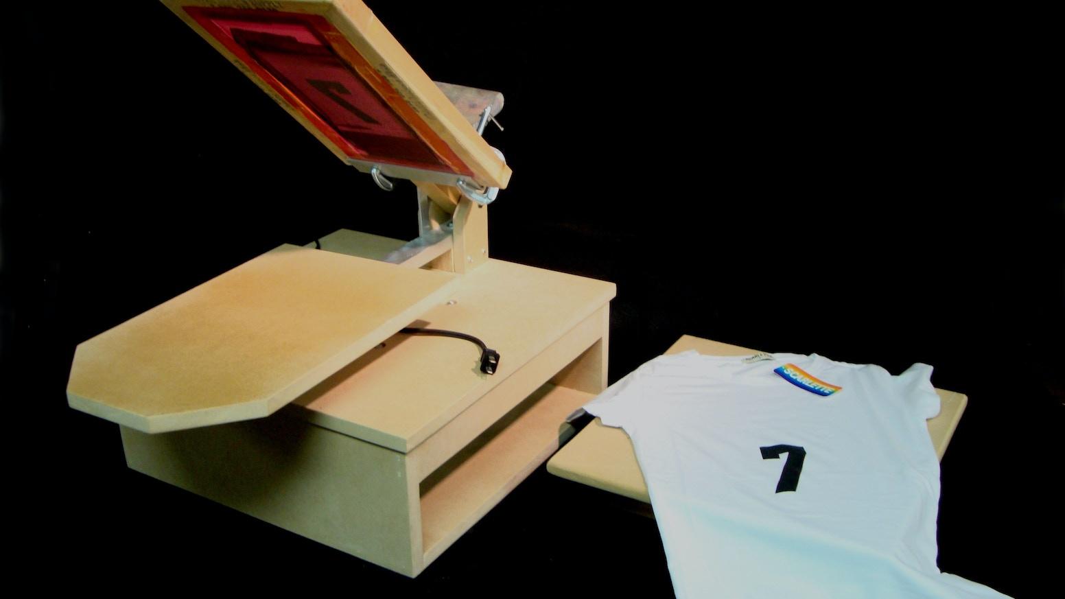Diy t shirt screen printing press for Diy t shirt screen printing at home