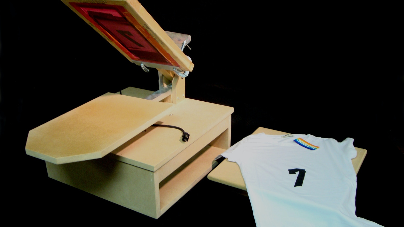 c9670017 DIY T-shirt Heat Press and Screen Printer using a griddle! by Joe ...