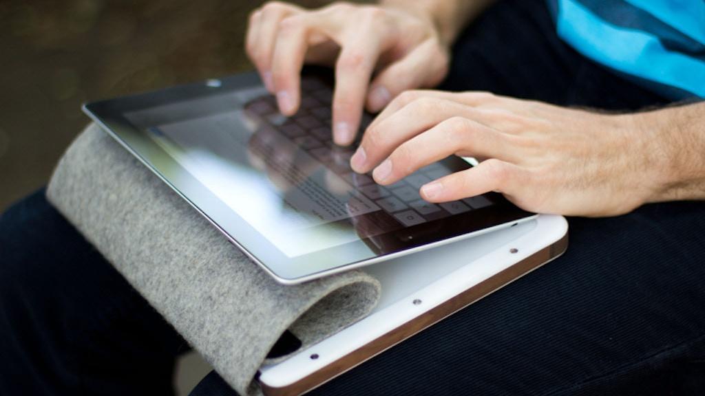 BOWDEN + SHEFFIELD  Minimalist iPad Cases project video thumbnail