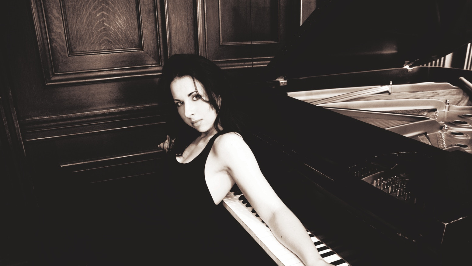 RHYTHMIC MOVEMENT: Tania Stavreva Debut Piano Album by Tania