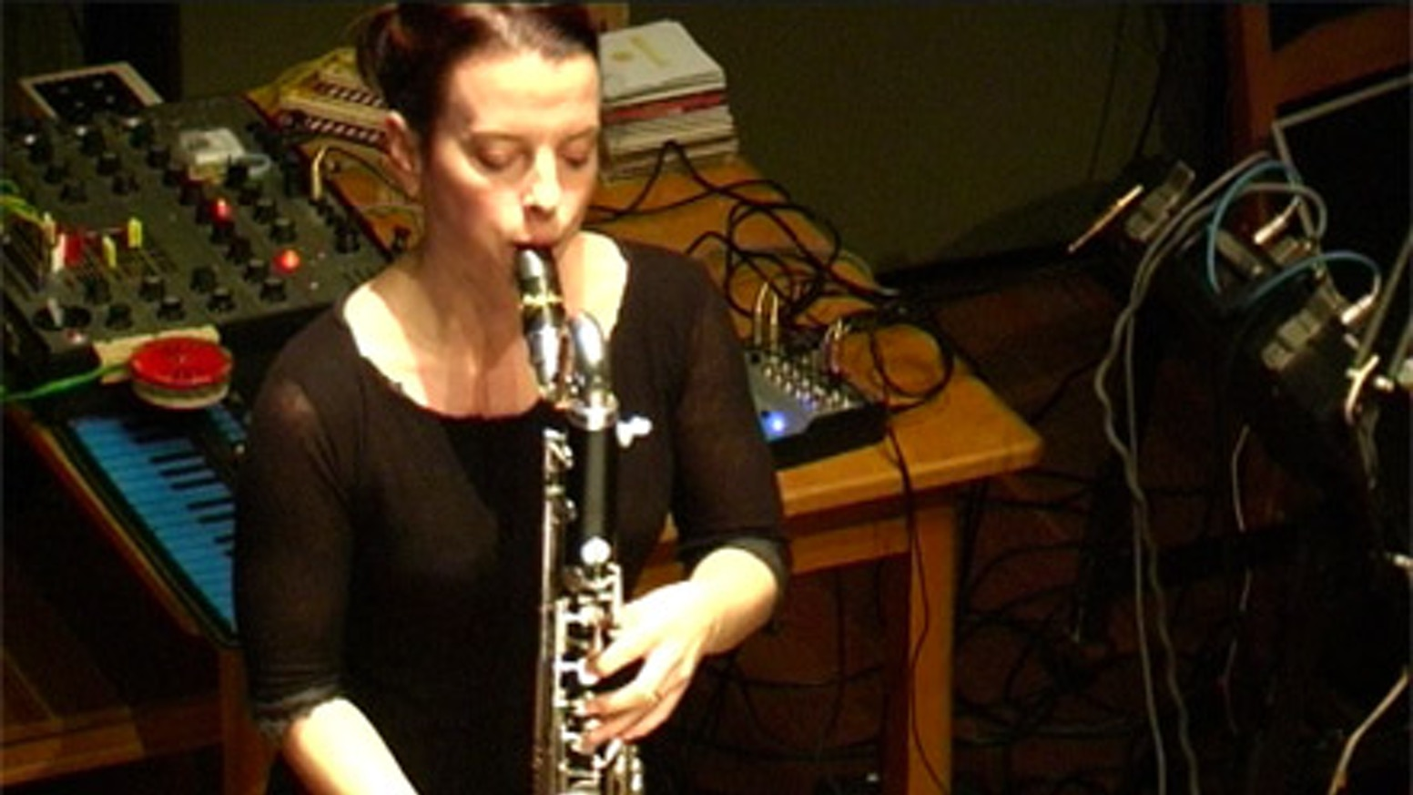 TRACE: a clarinet and bass clarinet CD by Laura Carmichael