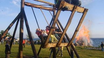 Külakiik - The Village Swing