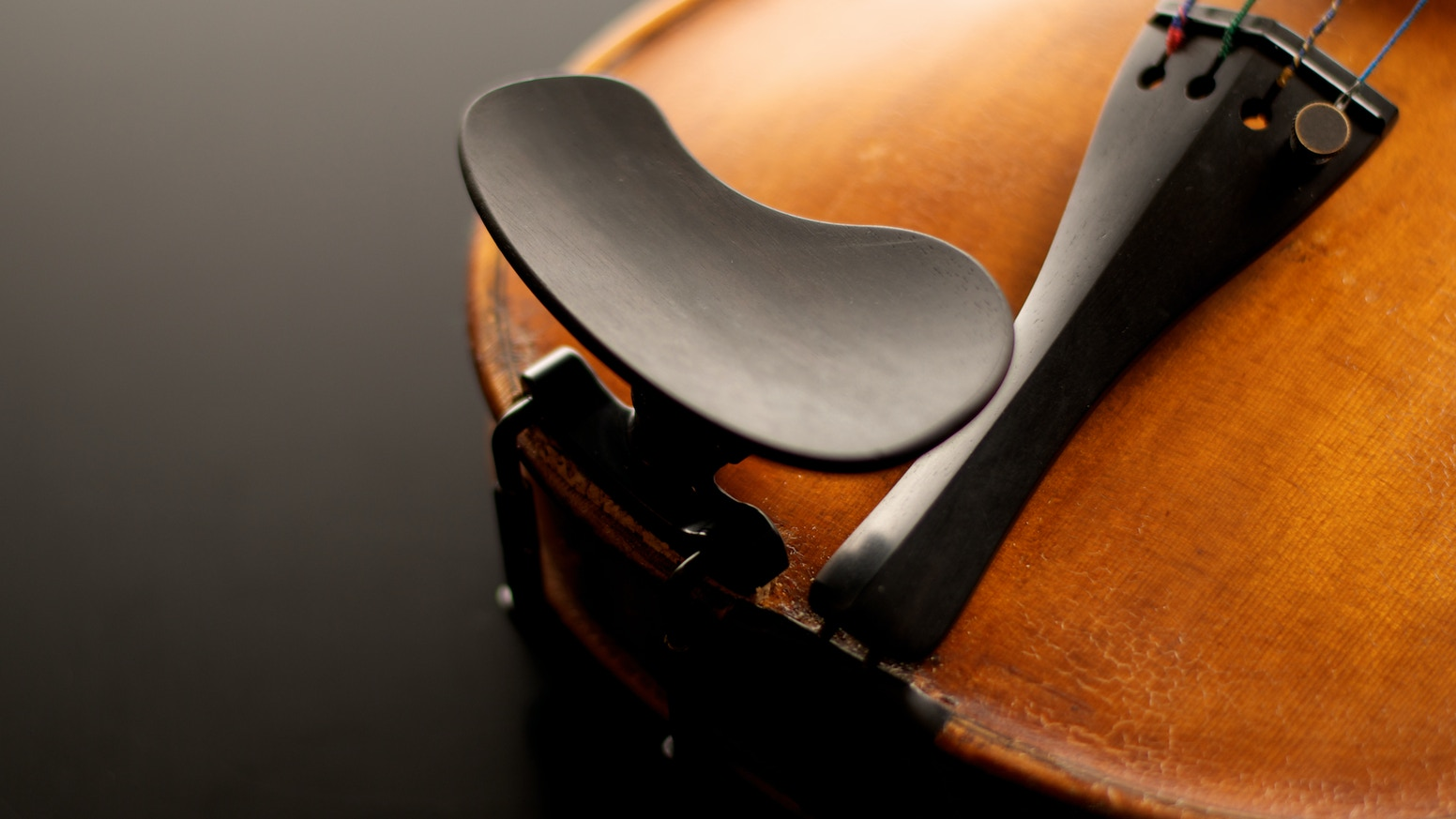 The Kréddle provides complete chinrest adjustability for violinists and violists. It is the most comfortable chinrest in the world!