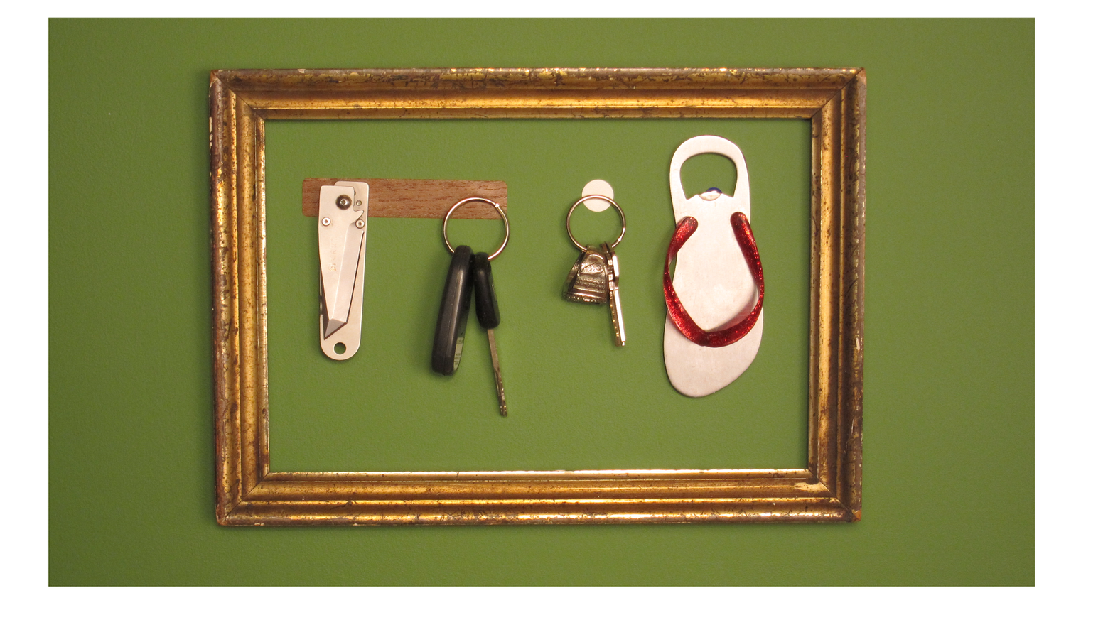 Magnifistick - Magnetic Key Holder