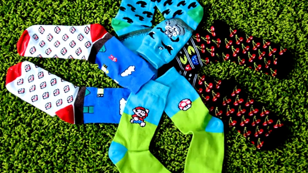Sammy Icon 8bit: creative socks for every day project video thumbnail