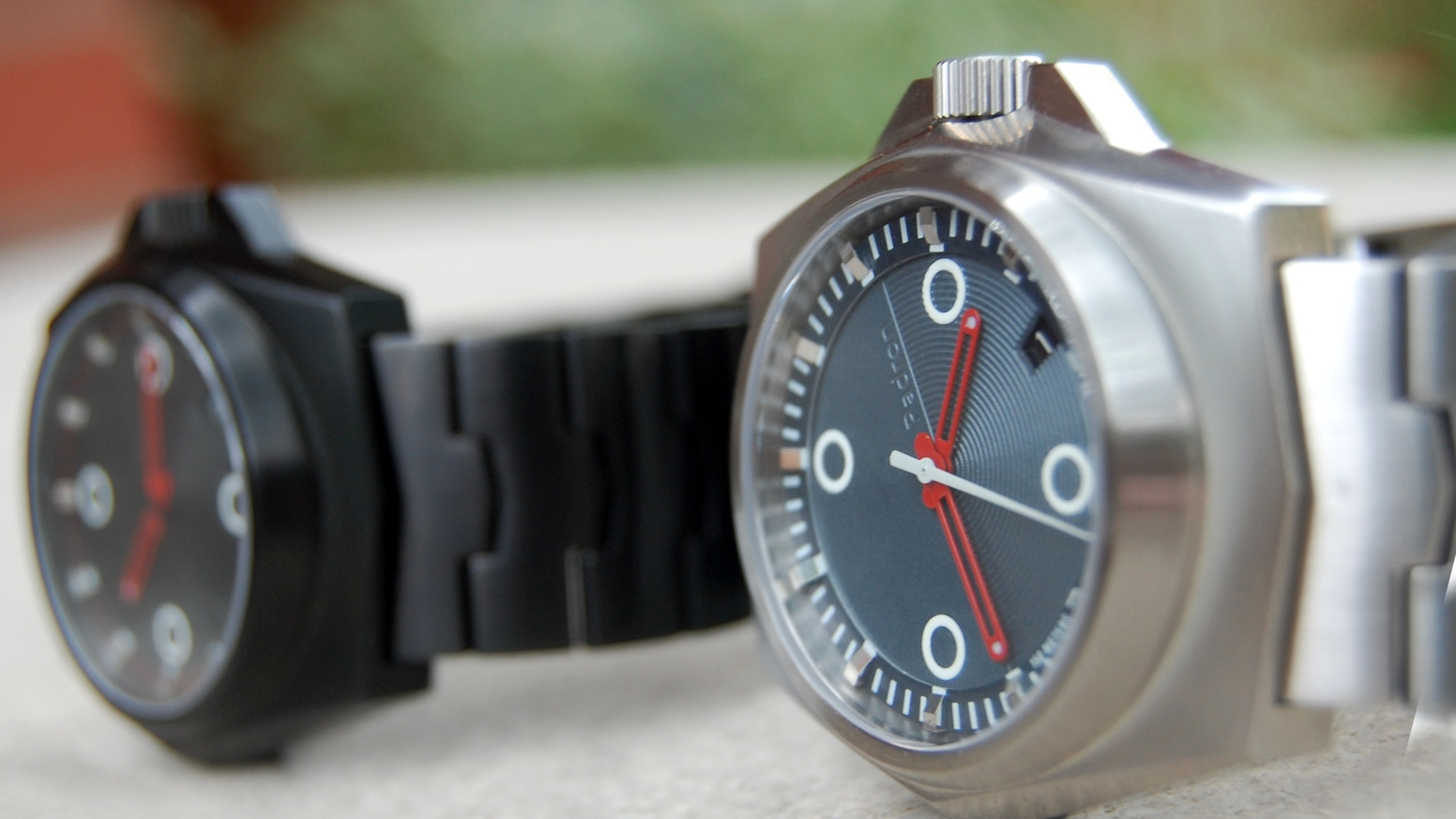 The Tessera is the classic midcentury mechanical watch rebooted for modernity, and powered by your motion.