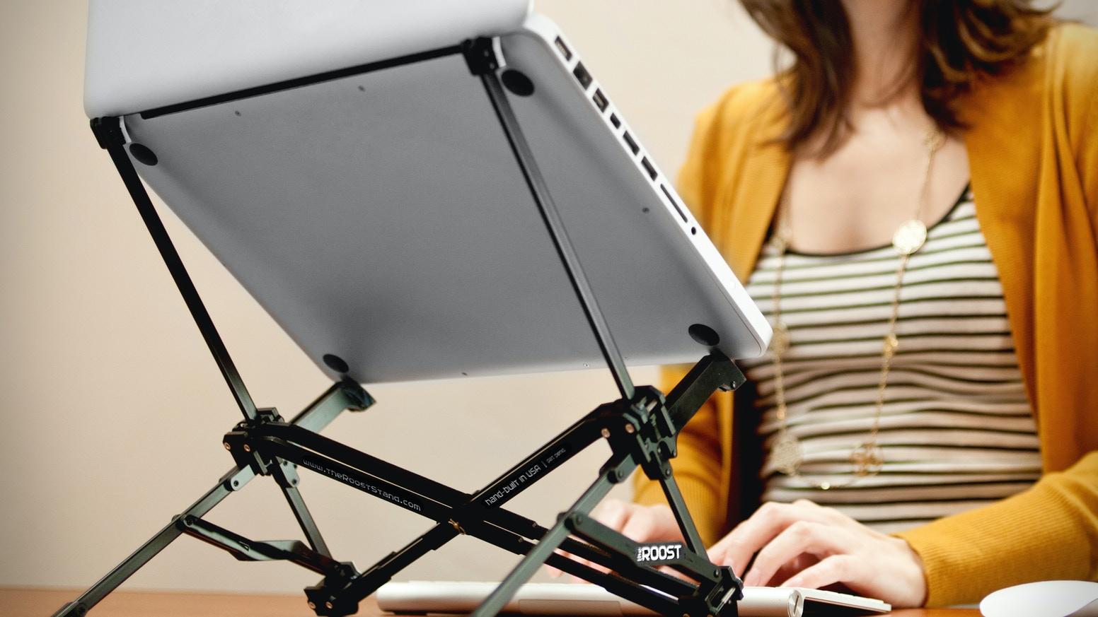 An ultra-portable device that transforms your laptop into a comfortable desktop workstation.