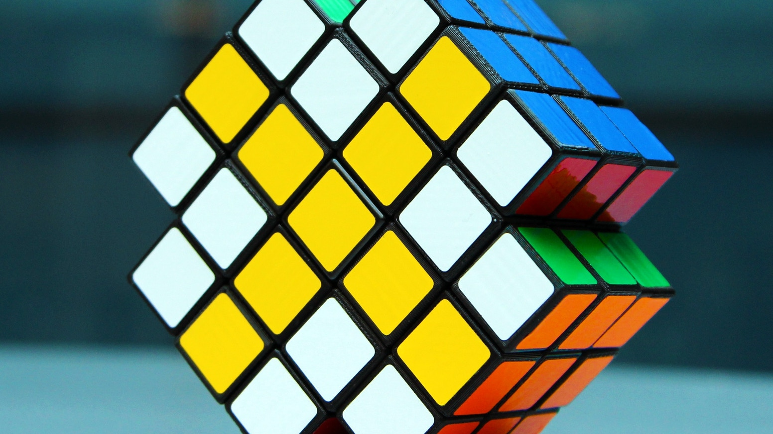 The neXt generation, shape-shifting, 3D logic puzzle.