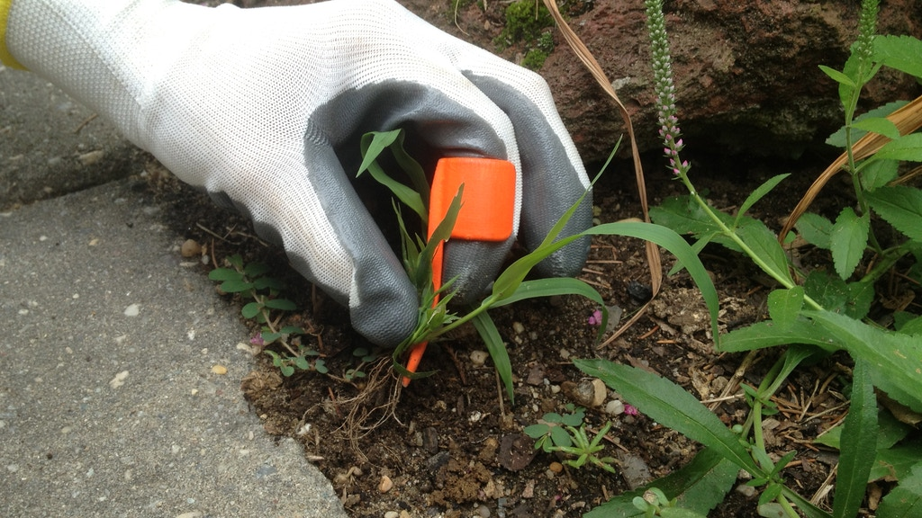 RING WEEDER: The intuitive way to weed your garden. project video thumbnail