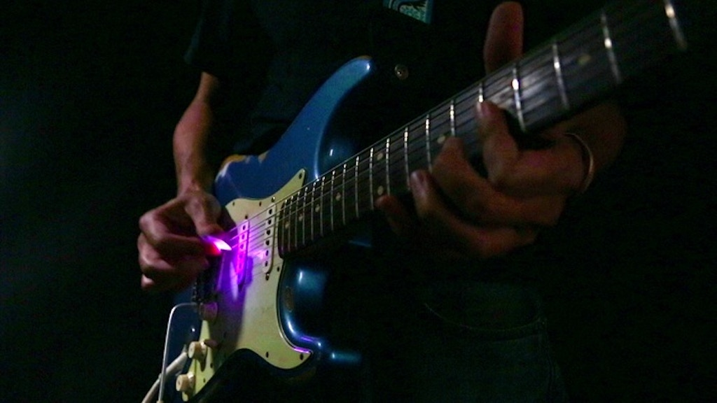 Firefly Pick - Light from Music project video thumbnail
