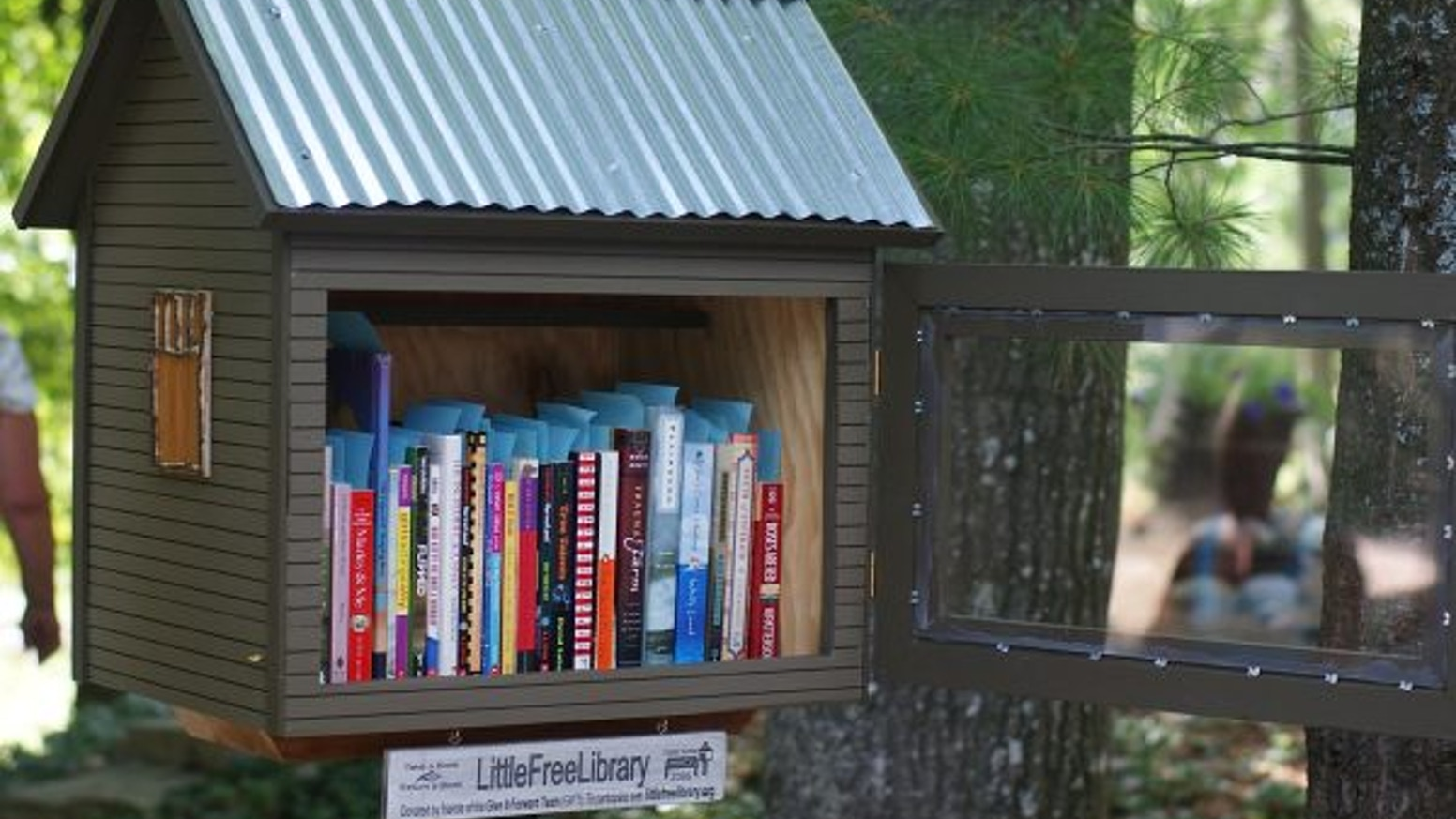 144400ae6f My girlfriend and I need your help buying recycled materials to build a  little free library that will promote reading in Portland.