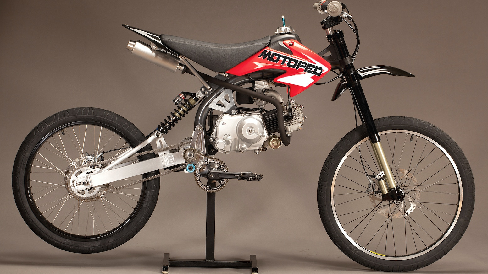 Motopeds by moto fusion kickstarter motoped a diy motorized bike kit that you assemble yourself using a xr50pitbike engine and standard mountain bike components solutioingenieria Images
