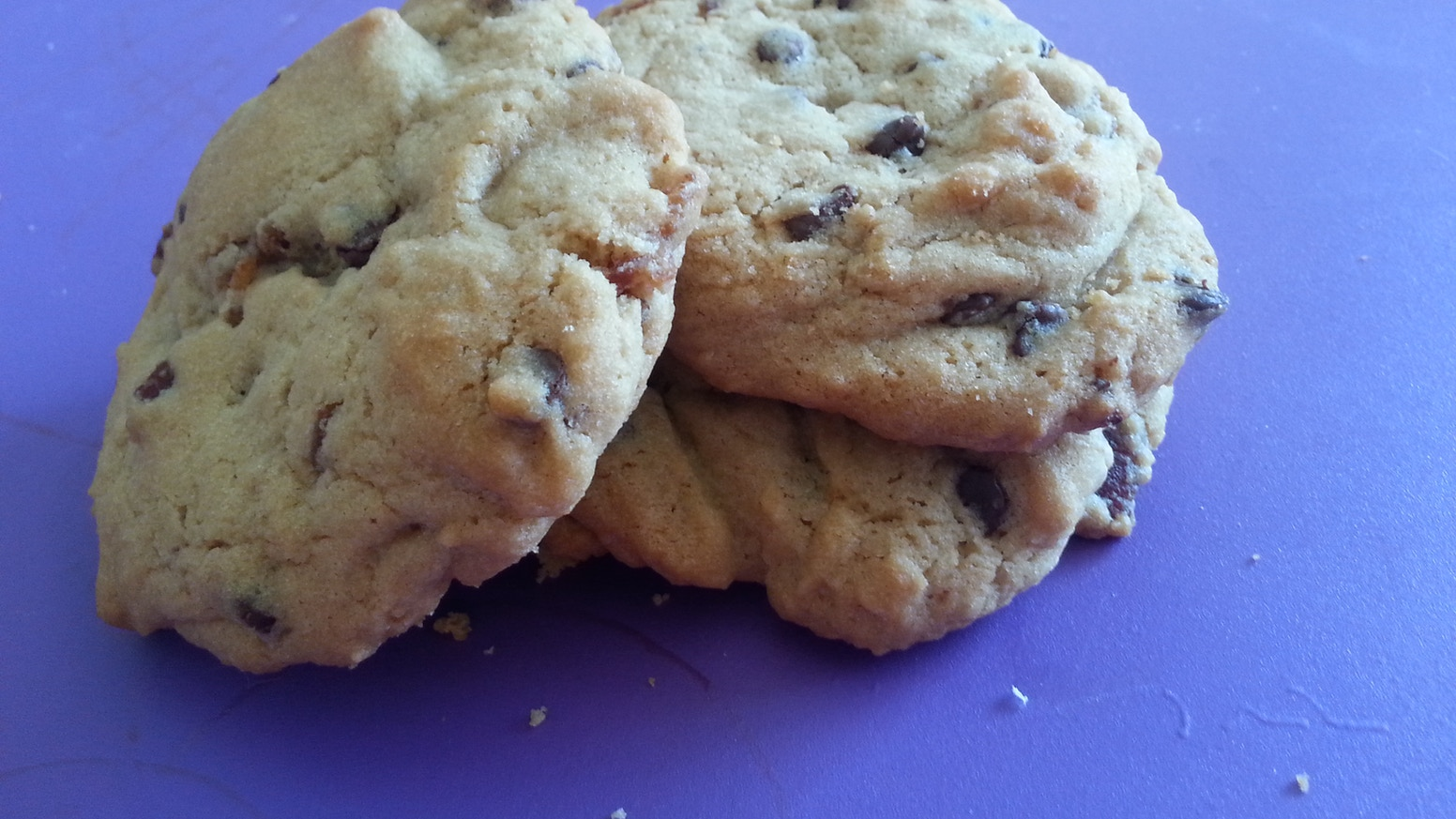 Candied Bacon Chocolate Chip Cookies by Sinful Delights ...