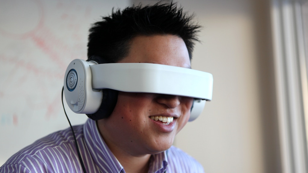 Glyph: A Mobile Personal Theater With Built In Premium Audio project video thumbnail