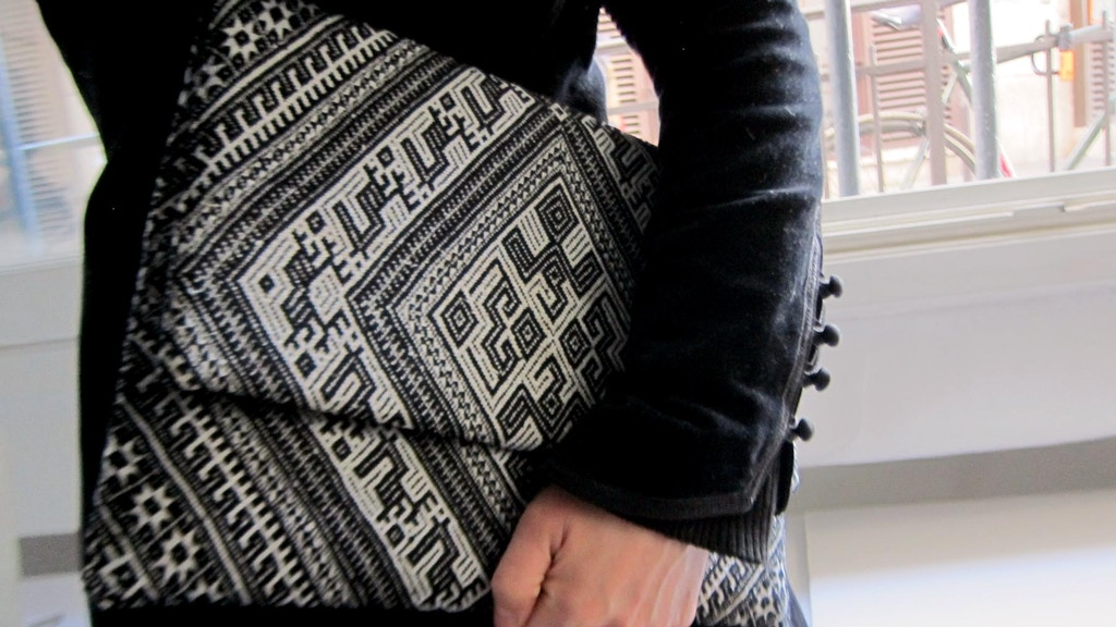 Handwoven Collectibles to Save a Vanishing Culture project video thumbnail