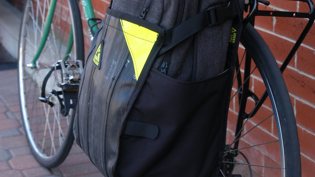 FreeRider: Pannier for Urban Bike Commuting Made in USA project video thumbnail