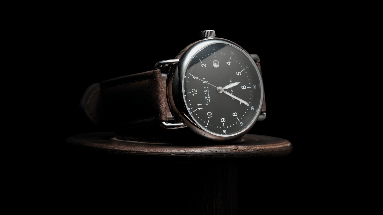 A BROOKLYN DESIGNED, AUTOMATIC WRISTWATCH CHARACTERIZED BY WWII AVIATOR HERITAGE & DEDICATED TO UTILITARIANISM.