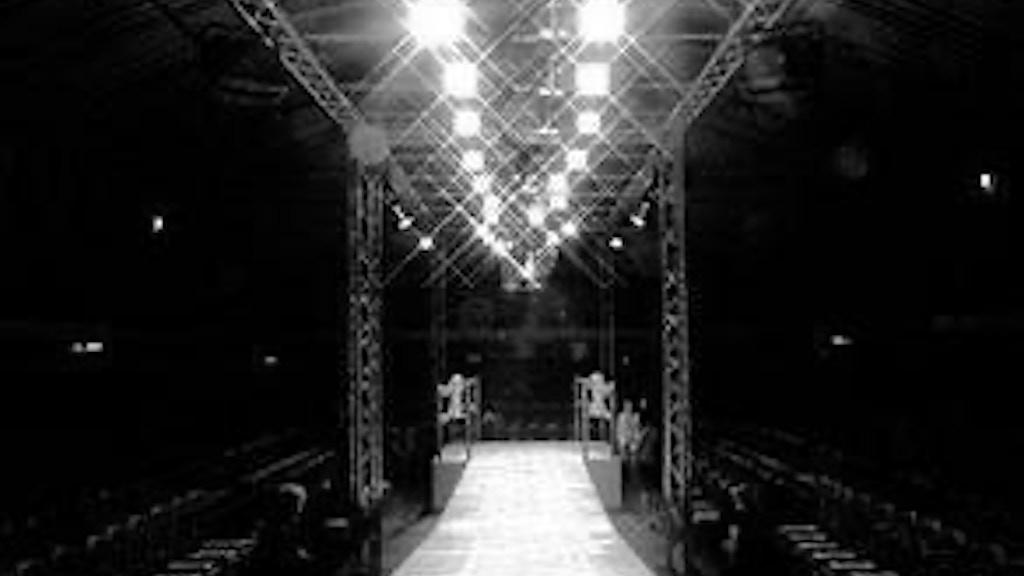 Sasha's Fashion Show - Spectacle project video thumbnail