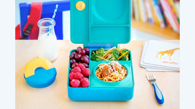 omiebox hot cold food in 1 lunchbox by omielife kickstarter. Black Bedroom Furniture Sets. Home Design Ideas