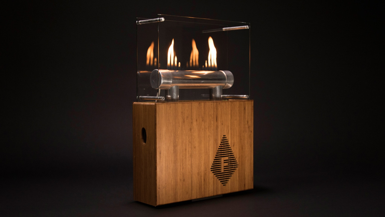 The Fireside Audiobox is a beautifully crafted Bluetooth-enabled audio player with flames that respond to your music.
