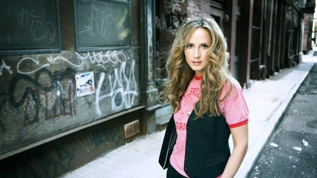 Chely Wright's New Studio Album! project video thumbnail