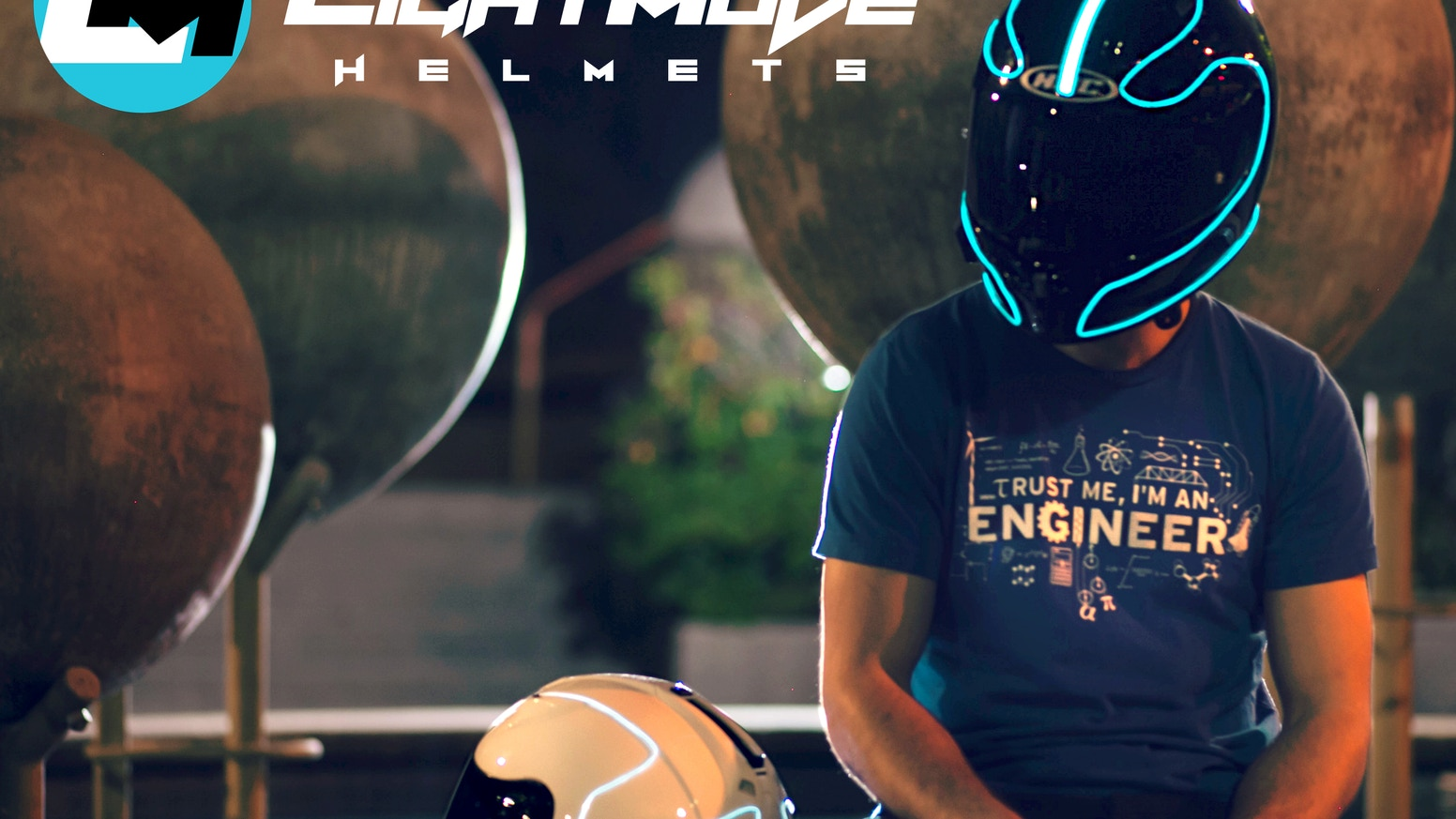 lightmode electroluminescent motorcycle helmets by thomas