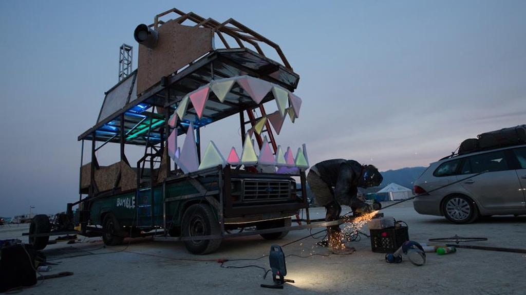 Burning Man Art Car: Bumblepuss's H.G. Wheels Grime Machine project video thumbnail