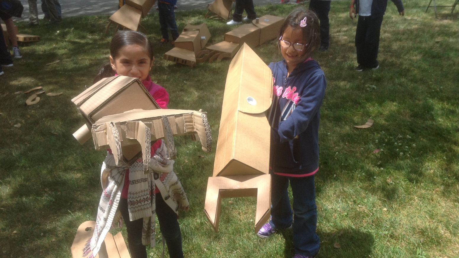 Kid sized giant cardboard robot arms by jason lentz kickstarter get your own diy kit for kid sized giant cardboard robot arms solutioingenieria Gallery