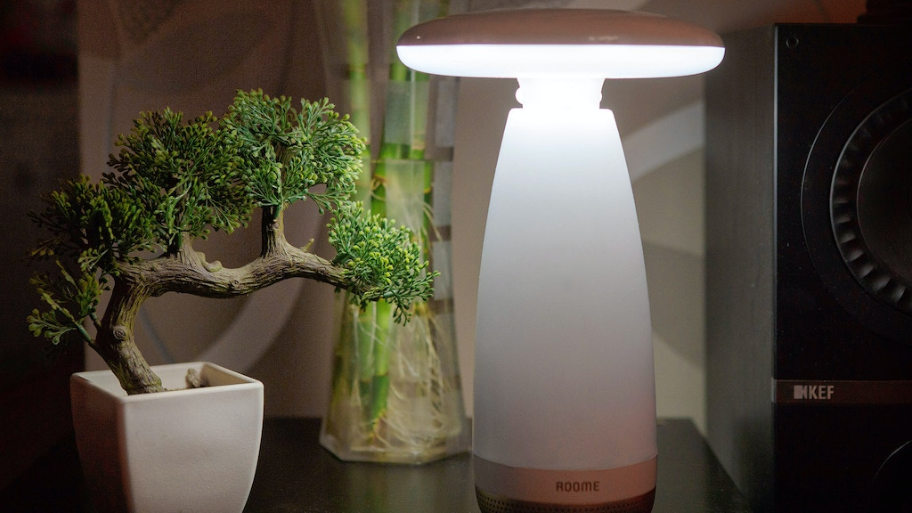 Roome, The World's First Gesture Controlled Smart Lamp project video thumbnail