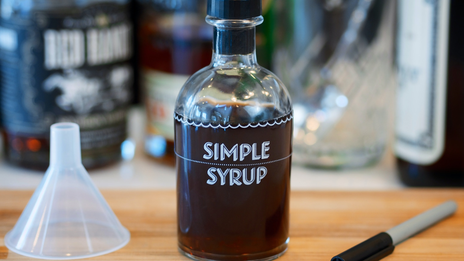 A kit for making and storing your own Simple Syrup, for use in cocktails and other libations.