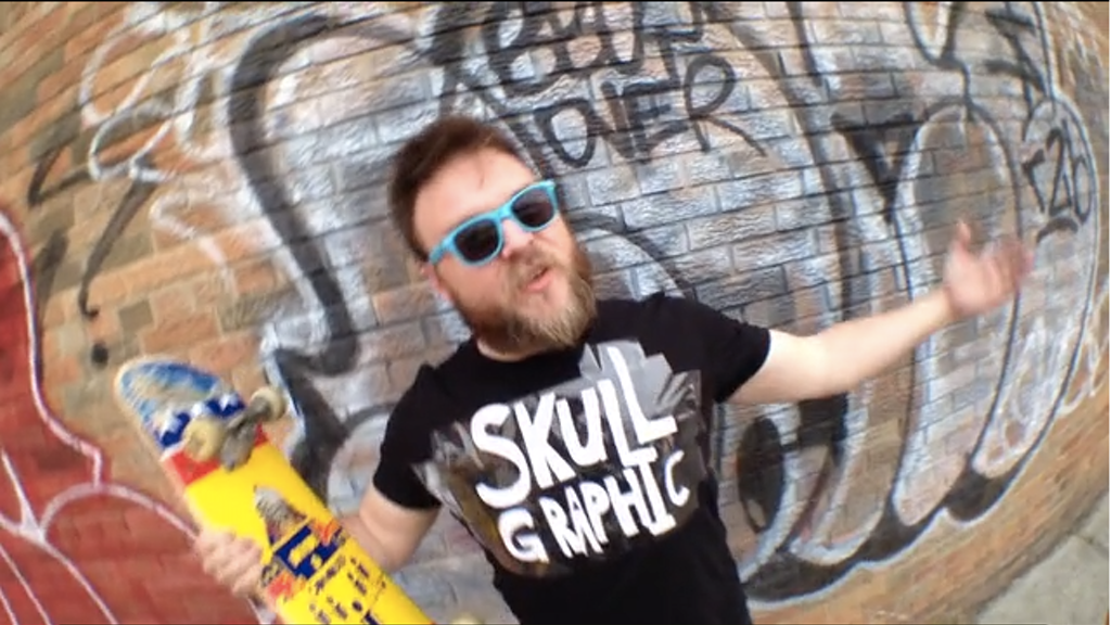 SKULL GRAPHIC TEE project video thumbnail