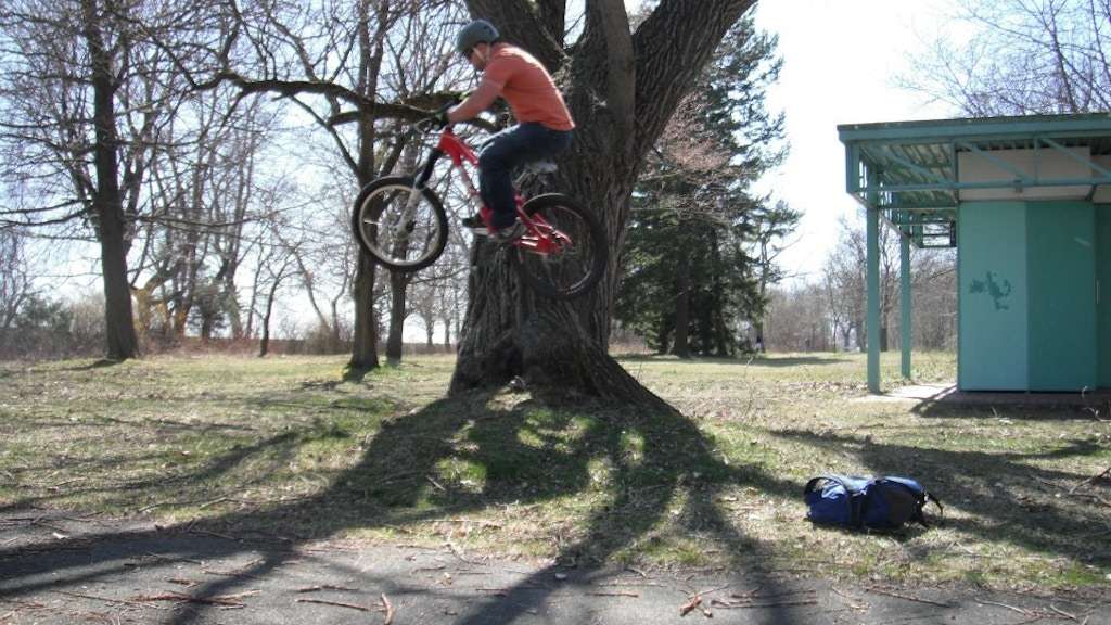 Project image for Stunt! I will ride my bike off my roof