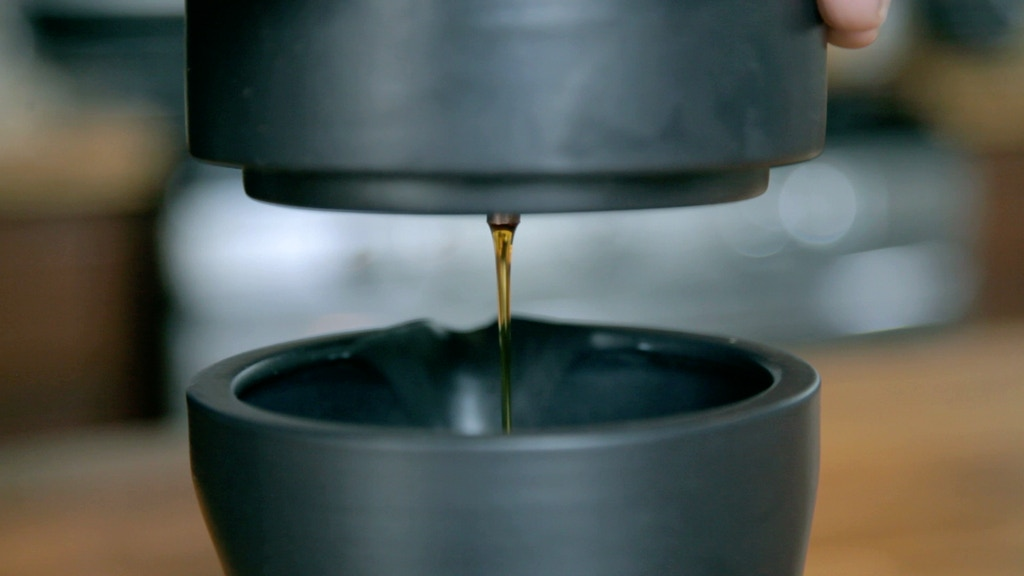 Coil: Iced Coffee w/o Diluting your Brew project video thumbnail