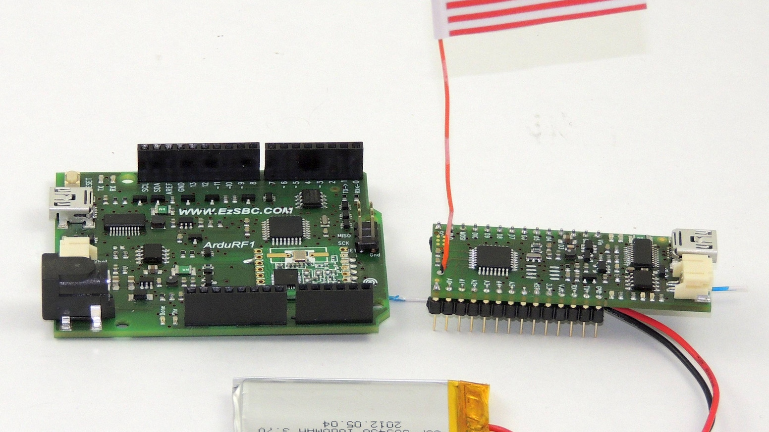 Ardurf Wireless Arduino Done Right By Daniel Debeer Kickstarter Fm Transmitter Circuit 6 Electronic Breadboard Layout Takes The Pain Out Of Links For Platform Atmega328 And A Hoperf Rfm69 Radio With Battery Charging Onboard